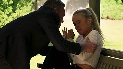 Paul Robinson, Roxy Willis in Neighbours Episode 8154
