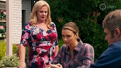 Sheila Canning, Amy Williams, Gary Canning in Neighbours Episode 8154