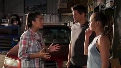 Yashvi Rebecchi, Finn Kelly, Bea Nilsson in Neighbours Episode 8157