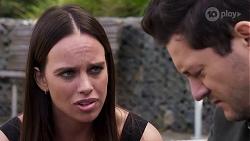 Bea Nilsson, Finn Kelly in Neighbours Episode 8157