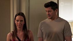 Bea Nilsson, Finn Kelly in Neighbours Episode 8159