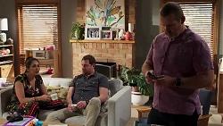 Dipi Rebecchi, Shane Rebecchi, Toadie Rebecchi in Neighbours Episode 8160