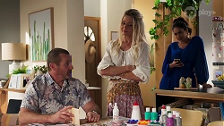 Toadie Rebecchi, Dee Bliss, Dipi Rebecchi in Neighbours Episode 8163