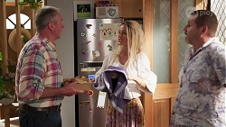 Karl Kennedy, Dee Bliss, Toadie Rebecchi in Neighbours Episode 8163