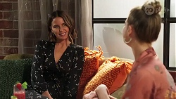Elly Conway, Chloe Brennan in Neighbours Episode 8164