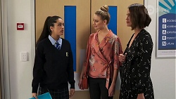 Yashvi Rebecchi, Chloe Brennan, Elly Conway in Neighbours Episode 8164