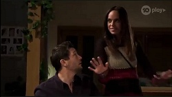 Finn Kelly, Bea Nilsson in Neighbours Episode 8166
