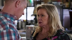 Clive Gibbons, Sheila Canning in Neighbours Episode 8168