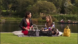 Elly Conway, Chloe Brennan in Neighbours Episode 8170