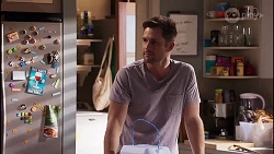 Mark Brennan in Neighbours Episode 8171