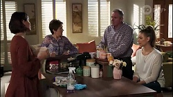 Elly Conway, Susan Kennedy, Karl Kennedy, Bea Nilsson in Neighbours Episode 8172