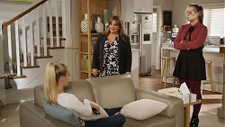 Roxy Willis, Terese Willis, Harlow Robinson in Neighbours Episode 8173