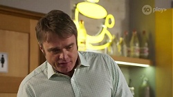 Gary Canning in Neighbours Episode 8175