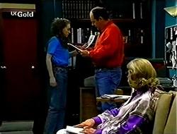 Debbie Martin, Philip Martin, Helen Daniels in Neighbours Episode 2791