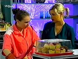 Debbie Martin, Joanna Hartman in Neighbours Episode 2792