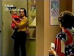 Louise Carpenter (Lolly), Darren Stark, Cheryl Stark in Neighbours Episode 2805