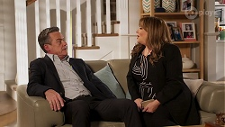 Paul Robinson, Terese Willis in Neighbours Episode 8161