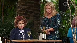 Lyn Scully, Sheila Canning in Neighbours Episode 8179