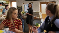 Roxy Willis, Harlow Robinson, Elly Conway in Neighbours Episode 8179