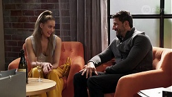 Chloe Brennan, Pierce Greyson in Neighbours Episode 8180