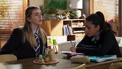 Mackenzie Hargreaves, Yashvi Rebecchi in Neighbours Episode 8183