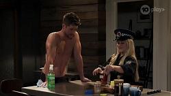 Mark Brennan, Roxy Willis in Neighbours Episode 8185
