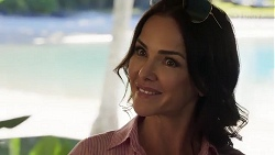 Christina Robinson in Neighbours Episode 8185