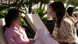 Christina Robinson, Caroline Alessi in Neighbours Episode 8185