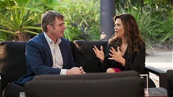 Gary Canning, Rebecca Napier in Neighbours Episode 8186