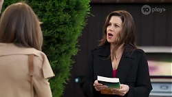 Gail Robinson, Rebecca Napier in Neighbours Episode 8186