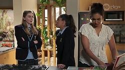Mackenzie Hargreaves, Yashvi Rebecchi, Dipi Rebecchi in Neighbours Episode 8188