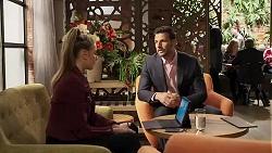 Chloe Brennan, Pierce Greyson in Neighbours Episode 8188