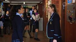 Yashvi Rebecchi, Mackenzie Hargreaves in Neighbours Episode 8189