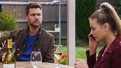 Mark Brennan, Chloe Brennan in Neighbours Episode 8189