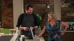 Shane Rebecchi, Sheila Canning in Neighbours Episode 8192