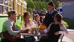 Gary Canning, Scarlett Brady, Yashvi Rebecchi, Ned Willis in Neighbours Episode 8193
