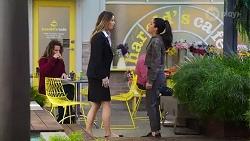 Scarlett Brady, Yashvi Rebecchi in Neighbours Episode 8196