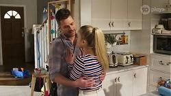 Mark Brennan, Roxy Willis in Neighbours Episode 8199