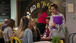 Mackenzie Hargreaves, Harlow Robinson, Susan Kennedy in Neighbours Episode 8200