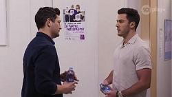 Finn Kelly, Shaun Watkins in Neighbours Episode 8202