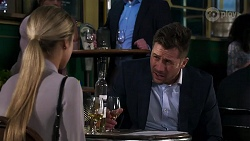 Roxy Willis, Mark Brennan in Neighbours Episode 8204