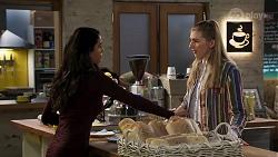 Yashvi Rebecchi, Mackenzie Hargreaves in Neighbours Episode 8206