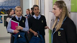 Harlow Robinson, Yashvi Rebecchi, Mackenzie Hargreaves in Neighbours Episode 8207