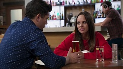 Finn Kelly, Bea Nilsson, Shane Rebecchi in Neighbours Episode 8207