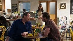 Grant Hargreaves, Dipi Rebecchi, Shane Rebecchi in Neighbours Episode 8207