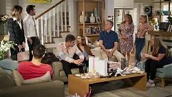 Scarlett Brady, Ned Willis, David Tanaka, Kyle Canning, Amy Williams, Paul Robinson, Terese Willis, Roxy Willis, Harlow Robinso in Neighbours Episode 8208