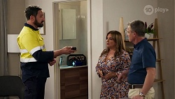 Charlie Waugh, Terese Willis, Paul Robinson in Neighbours Episode 8208