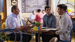 Toadie Rebecchi, Finn Kelly, Shaun Watkins in Neighbours Episode 8209