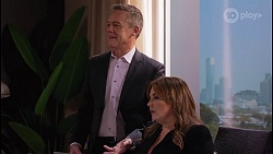 Paul Robinson, Terese Willis in Neighbours Episode 8209