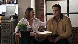 Amy Williams, Kyle Canning in Neighbours Episode 8210